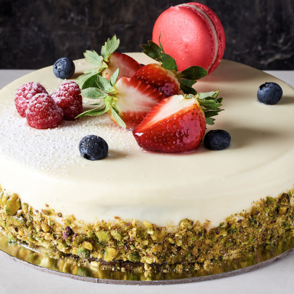 Send Vanilla Raspberry Cake To Sydney Australia
