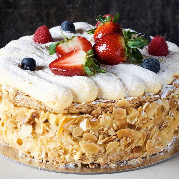 Vanilla Slice Cake