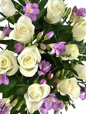 Send Birthday Flower To London from Pakistan