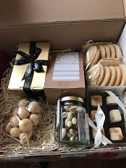 UK Gift Hamper Chocolate Cookies, Biscuits from Pakistan