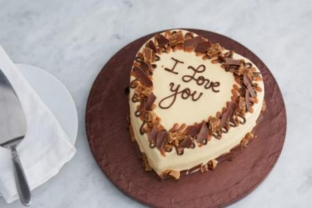 anniversary, birthday, celebratory, congratulatory cakes