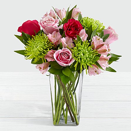 beautiful bouquet of pink light and dark roses perfect for anniversary birthday celebratory congratulatory well wishes to CA CO USA from AAW ATG PK