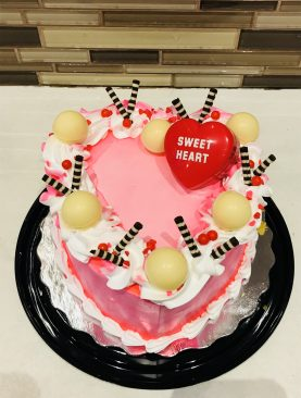 Heart-shaped wafer cake Toronto, Brampton, Scarborough Ontario Canada  from Pakistan
