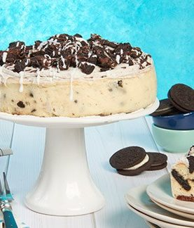 Cookies and Cream Cheesecake Birthday Anniversary cakes To USA from Pakistan.