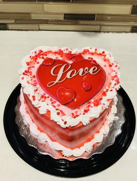 Heart-shaped cream cake Toronto, Brampton, Scarborough Ontario Canada  from Pakistan