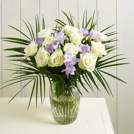 Twilight-Freesia-and-white roses-Flowers-Birthday-Anniversary-Reliable-Online-Shipping-Site-for-from-Pakistan-to-London-Glasgow-Scotland-Liverpool-Leeds-UK (3)