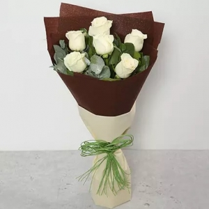 6-white-roses-birthday-anniversary-flowers-karachi-lahore-islamabad-to-jeddah-saudi-arabia