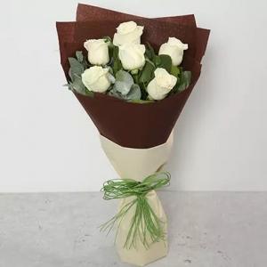 6-white-roses-birthday-anniversary-flowers-karachi-lahore-islamabad-to-jeddah-saudi-arabia
