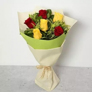 red-and-yellow-roses-bouquet-birthday-anniversary-flowers-karachi-lahore-islamabad-to-jeddah-saudi-arabia