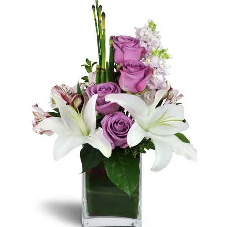 Lavender roses and smooth white lilies Flowers to Toronto, Missisauga, Ontario, Alberta, Calgary, Hamilton, Ottawa, Montreal, Winnipeg allover Canada from Karachi, Lahore, Islamabad Pakistan